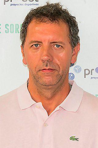 LUIS DE SIGMARINGA. Head Coach